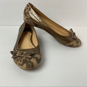 Gianni Bini Brown/Gold Leopard Flats size 8